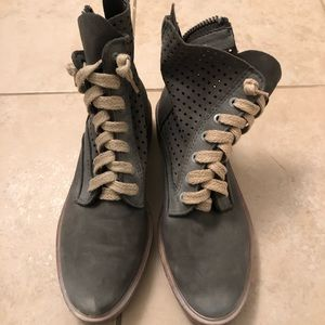 Bed stu combat boots NEVER WORN